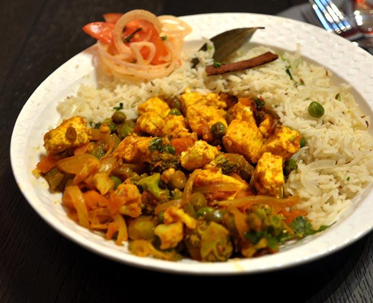Paneer-Mughlai-and-Peas-Pulao
